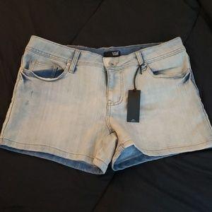 a.n.a Denim Short Shorts NEW